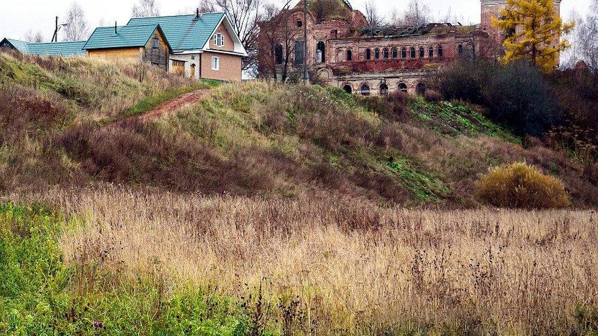 300 многодетных семей получили земли на строительство дома