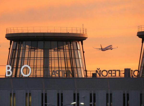 Рейс из Петербурга во Владивосток вылетел с семичасовой задержкой