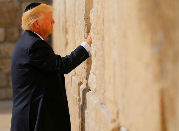 «Нашли дровишки, чтобы подбросить в костер»: что говорят о признании США Иерусалима столицей Израиля