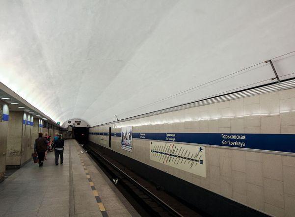 «Горьковскую» и «Ладожскую» открыли после проверки