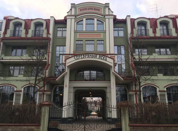 Администрация Выборгского района 7 лет закрывает глаза на построенный без разрешения многоквартирный дом